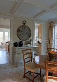 jst014 12 large clock and wooden dining table in dinin