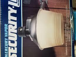 Mercury Vapor Lights Regent Dusk To Dawn Mercury Vapor 175 Watt Security Light Nh 1204