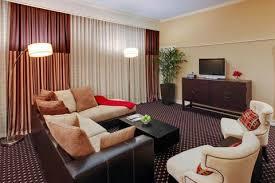 Comfort Suites Michigan Avenue Chicago Il480snklivingarea 1 Jpg