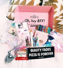 where can i buy boxes for gifts best 25 beauty box ideas on you beauty box