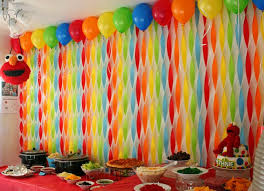 birthday party decoration ideas simple and cool party decoration ideas using paper streamers