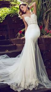 60 Romantic And Airy Flowy Wedding Dresses Happywedd Com
