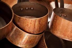 batterie de cuisine cuivre comment chiner des casseroles en cuivre
