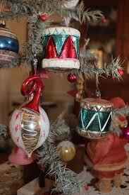 three antique patriotic glass ornaments two drums one