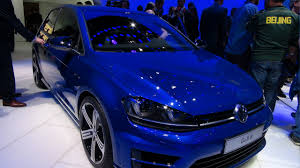 detroit 2015 vw golf r more powerful and more efficient the