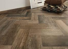 Barn Wood Laminate Flooring Contempo Tile Barn Wood