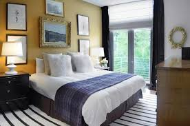 Guest Bedroom Color Ideas Large Wall Decor And Stripes Wall To Wall Carpet Ideas For Guest