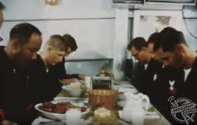 war images show american troops enjoying thanksgiving