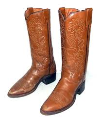 distressed rodeo cowboy boots mens size 6 5 d tan western wear