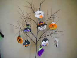 halloween tree with ornaments army wife quilter haunted tree decoration pumpkin update