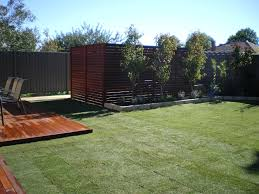 Privacy Screen Ideas For Backyard by Backyard Privacy Landscaping Photo 4 Design Your Home