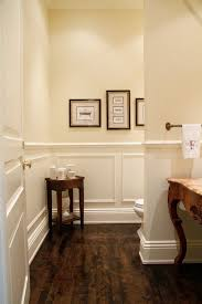 Flooring Bathroom Ideas by Best 25 Wainscoting Bathroom Ideas On Pinterest Bathroom Paint