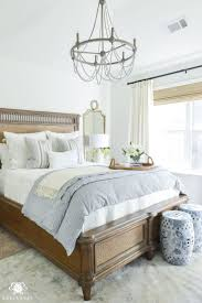 Bedroom Decor Pinterest by Best 20 Classic Bedroom Decor Ideas On Pinterest Get Glam