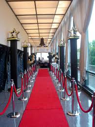 Bedroom Ideas Red Carpet Hollywood Stanchions Google Search Hollywood Red Carpet Oscars