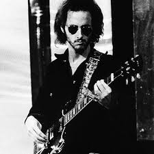 Blind Guitarist From Roadhouse Robby Krieger Who Else Is There Sound Pinterest Gibson