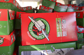 yokota volunteers contribute to world u0027s largest christmas project