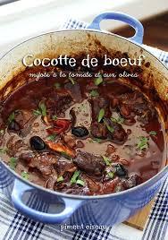 cuisiner du paleron de boeuf cocotte de boeuf mijoté à la tomate et aux olives piment oiseau
