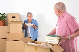 tips for downsizing 3 benefits of storage containers for people who are downsizing