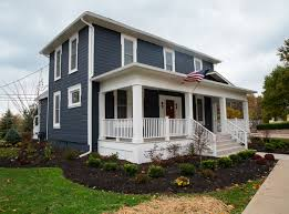 benjamin moore historic colors exterior the exterior color is benjamin moore hale navy the stone is from