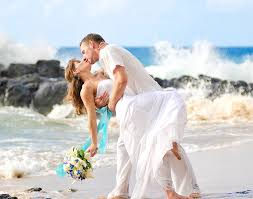 local wedding photographers modern hawaii wedding photographer jeff pescador local and