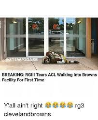 Rg3 Meme - nfl memes stewpidas breaking rglll tears acl walking into browns