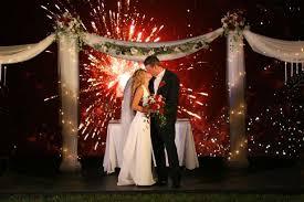 feux d artifice mariage 8 idées de déco pour une cérémonie laïque de nuit the cérémonie