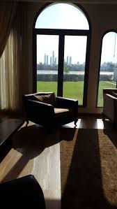 srk home interior a peek into shah rukh and gauri s dubai home gulfnews