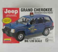 jeep police package lindberg jeep grand cherokee michigan state police model kit 1