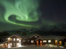 norway northern lights hotel northern lights watching holidays helping dreamers do