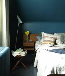 meuble chambre mansard chambre mansardee bleu idées décoration intérieure farik us