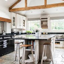 cuisine 10000 euros country kitchen ideas 10 of the best