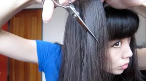 how to thin out your hair with shears or a razor youtube