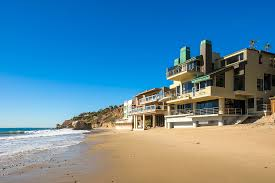 el matador beach house luxury retreats