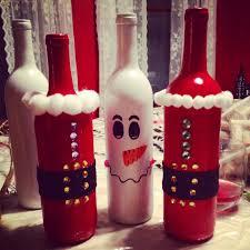 lámparas navideñas con botellas de vino recicladas wine bottle