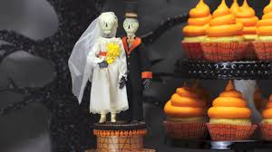 Halloween Wedding Cake by Skeleton Bride U0026 Groom Halloween Wedding Cake Topper Decoration