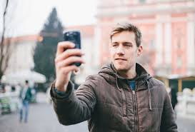 Take A Selfie Secrets Of The Selfie A Visual Exploration The Shutterstock Blog