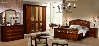 chambre a coucher italienne chambre a coucher italienne marron mobilier décoration