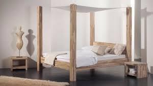 chambre lit baldaquin je veux un lit à baldaquin