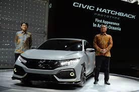 honda civic philippines the typical guy honda civic hatchback prototype makes asean debut