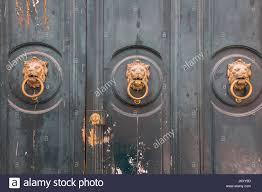 lion door knockers stock photos u0026 lion door knockers stock images