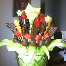 chocolate covered fruit baskets 81 best chocolate dipped fruit arrangements images on