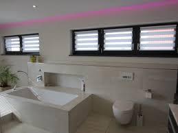 rollos für badezimmer 1000 ideas about badezimmer rollo on rollenhalter wc