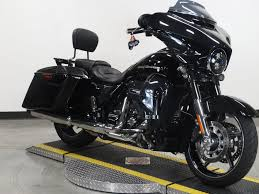 pre owned 2017 harley davidson street glide cvo flhxse cvo touring