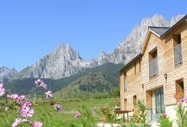 chambre d hotes pyrenees chambre d hôtes à lescun pyrénées atlantiques les estives