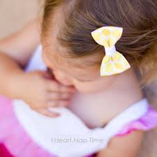how to make girl bows simple hair bow tutorial i heart nap time