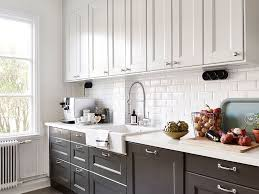 ideas for on top of kitchen cabinets best 25 cabinets ideas on navy kitchen cabinets