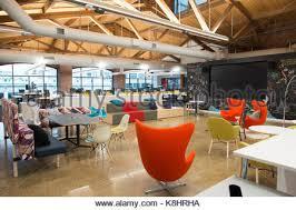 bureau de style mode concept ouvert moderne à la mode de l espace bureau de style