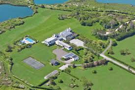 pond hamptons real estate