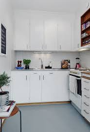 kitchen design ideas for small spaces 10 small one room apartments featuring a scandinavian décor