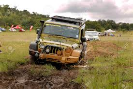 jeep wrangler rubicon offroad bafokeng march 8 gecko pearl green jeep wrangler rubicon
